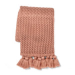 DARK PINK THROW BLANKET WITH TASSELS